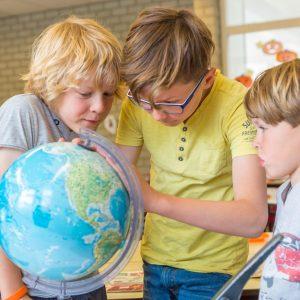Kinderen bij BSO Joy Houten ontdekken de wereld